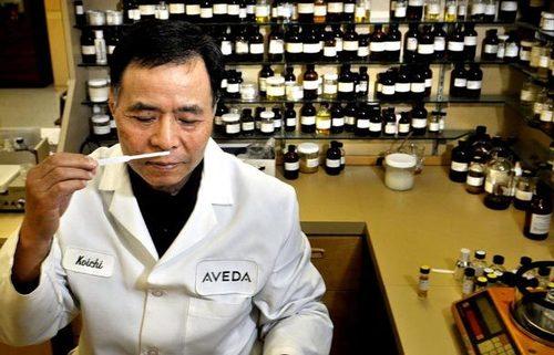 Aveda-Perfumer-Shiozawa.jpg