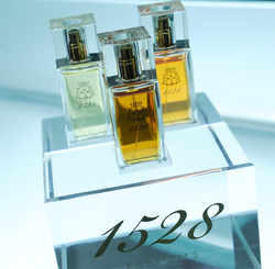 1528 Parfums Or Blanc, Or Rose, Or Jaune (2008) {New Fragrances} & Gold-Trend Alert