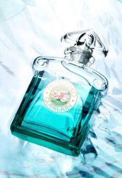 Mitsouko Fleur de Lotus: A Hit {Fragrance News}