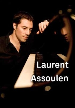 Laurent Assoulen at the Châtelet Theater in Paris, June 8, 2009: Olfactory Music Concert {Scented Paths & Fragrant Addresses - Perfume & Art}