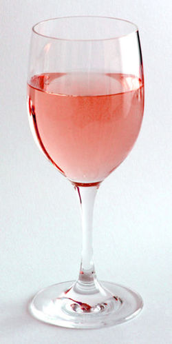 Rosé Wine Will Not Be Changed by EU Legislation {Fragrance News - Wine}