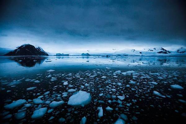 antarctica-7-Sebastian-Copeland.jpg