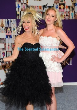 Betsey Johnson Plays with Perfume Again {Fragrance News}