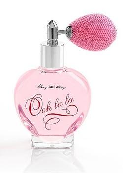 Victoria's Secret Ooh La La (2008): Not So Ditzy {Fragrance Review}