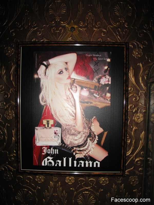 momsen-galliano-ad.jpg
