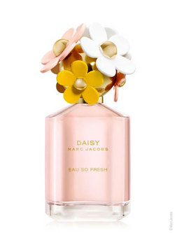Marc Jacobs Daisy Eau So Fresh (2011): Daisy Eau So Warm, But Not So Hot {Fragrance Review}