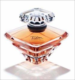 Lancôme Trésor L'Absolu Désir Reveals New Facet of an Icon (2011) {New Fragrance}