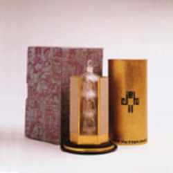 A Look at Louis Vuitton Perfumes Past {Historical Fragrances}