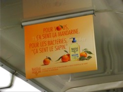 Funny Olfactory Perfume Ad in the Metro {Perfume Images & Ads}