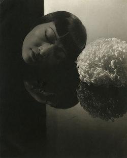 Serge Lutens De Profundis (2011): L'Odeur Inquiétante de l'Adipocere ou la Création d'un Accord Funèbre d'Aldéhydes {Compte Rendu Olfactif et Critique}