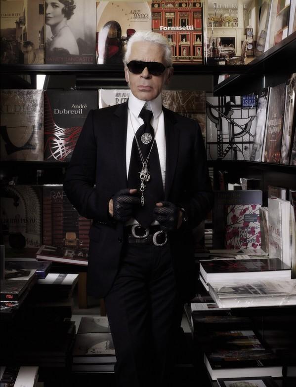 Karl-Lagerfeld-at-7L1-1280x1674.jpeg
