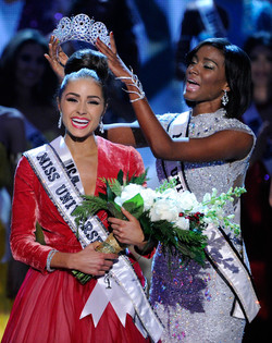 Miss Universe, Miss USA & Miss Teen USA to Have Own Brands of Perfume {Fragrance News} {Beauty Notes}