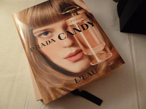 Prada_candy_L_eau_book.jpg