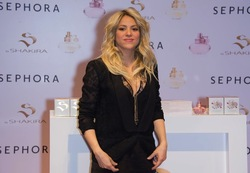 Shakira in Paris for Launch of S {Fragrance News} {Celebrity Perfume}