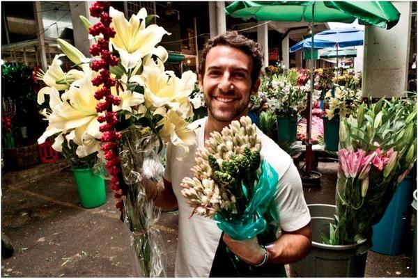 Carlos-FlowerMarket.jpeg