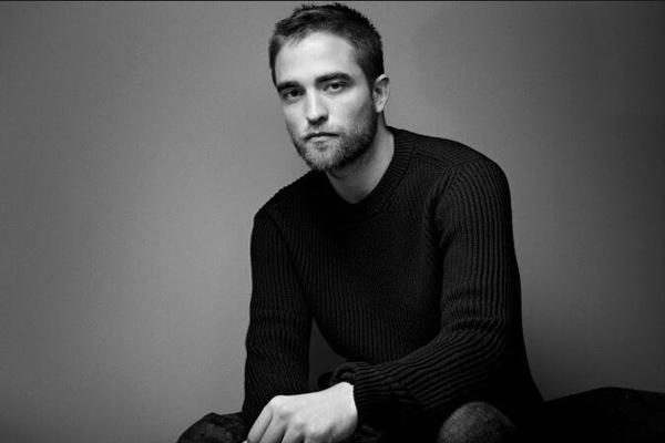 Robert_Pattinson_Dior_Homme_Ad.jpg