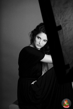 Stephanie Seymour is New Estée Lauder Global Spokesperson {Fragrance News} {Beauty Notes}