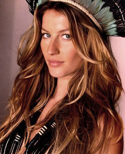 Gisèle Bündchen is New Chanel No.5 Icon, with Love from Brazil {Fragrance News}