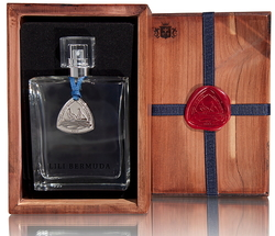 An Ancient Ship Perfume Cargo Relic is Replicated 150 Years Later {Fragrance News} {Historical Perfumes}