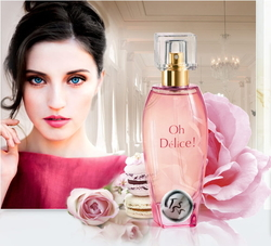 ID Parfums Oh Délice ! is the Scent of Marie-Antoinette Eating Macarons at Versailles (2014) {New Fragrance}