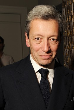 Scoop: Frédéric Malle will Remain Head of Creation for His Brand Purchased by Estée Lauder {Fragrance News}