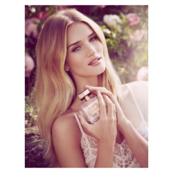 Rosie Huntington-Whiteley to Launch Debut Fragrance with Marks & Spencer (2015) {New Perfume} {Celebrity Fragrance}