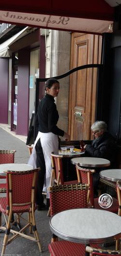 Garçonne de Café {Paris Photo}