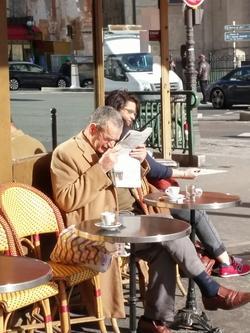 Who is Looking at What? ~ Qui regarde quoi ? {Paris Photo}
