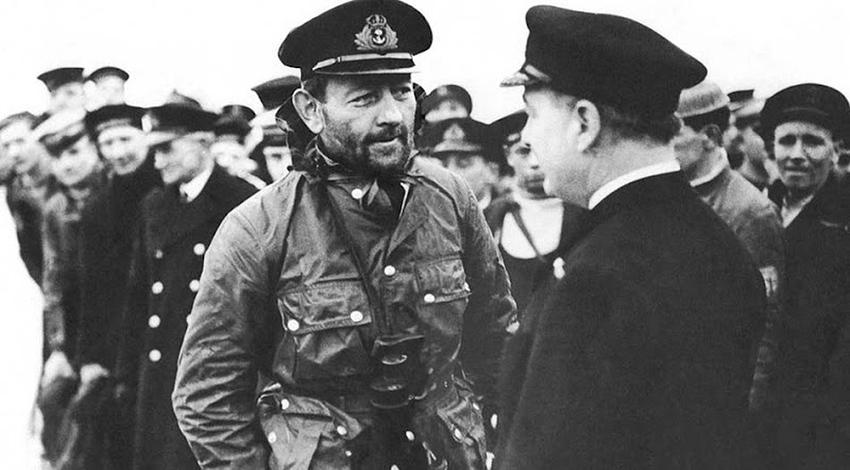 1939-45-Capt-Phillips.jpg