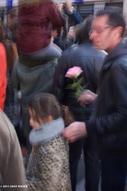 The Moving Rose - La rose (é)mouvante - 130 Street Photos after the Paris Attacks {Paris Street Photo}