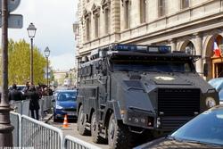 36, Quai des Orfèvres I, II, III on April 27, 2016 {Paris Street Photo}