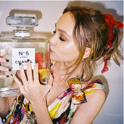 Lily-Rose Depp Announced as New Chanel Fragrance Face {Fragrance News} {Celebrity Perfumes}