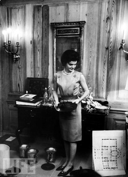 Cyprès by Rigaud ≈ Jackie Kennedy's Favorite Wick for the White House {Holiday Shopping Ideas & Tips - $75 or Less} {Fragrant Reading}