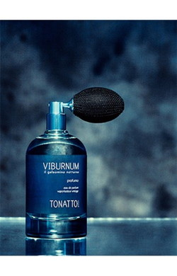 Laura Tonatto Viburnum (2016) {New Perfume} {Men's Cologne // Unisex}