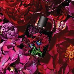 Nest Black Tulip Takes Cue from Floral Photography (2017) {New Fragrance}