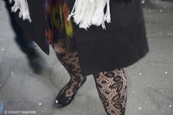 Dancey Step IV - Fishnet Stockings // Pas dansant IV - Bas résilles {Paris Street Photography}
