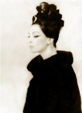 Lucky Mannequin Dior.jpg