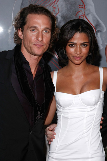Matthew_McConaughey_Camilla_Alves.jpg