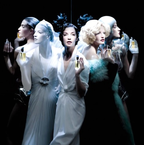 Miroirs-Ad-Thierry-Mugler.jpg