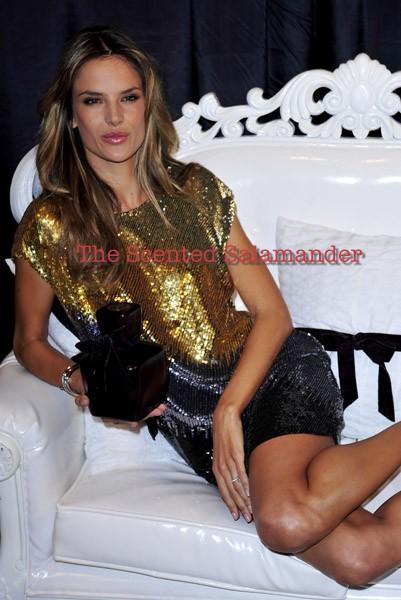 Alessandra-Ambrosio-Velvet-B.jpg