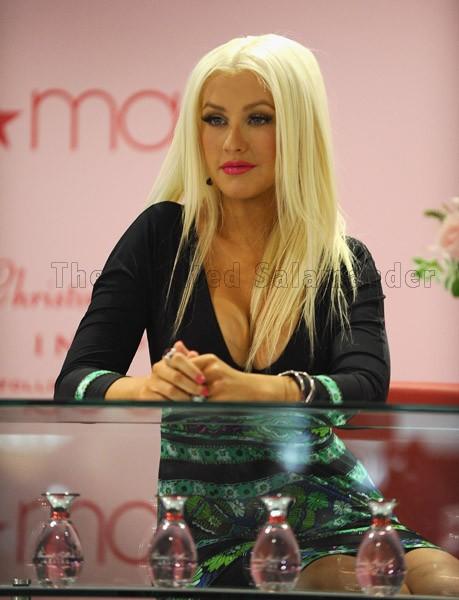 Christina-Aguilera-Inspire-3.jpg