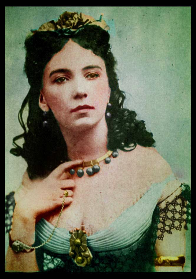 Cora_Pearl_tinted_photo.jpg