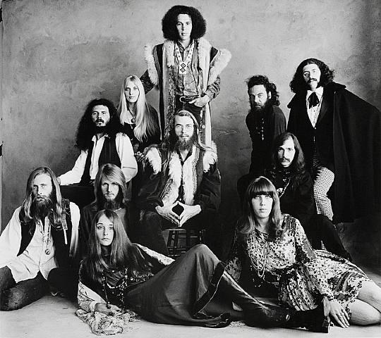 Early-Hippie-Irving-Penn.jpg