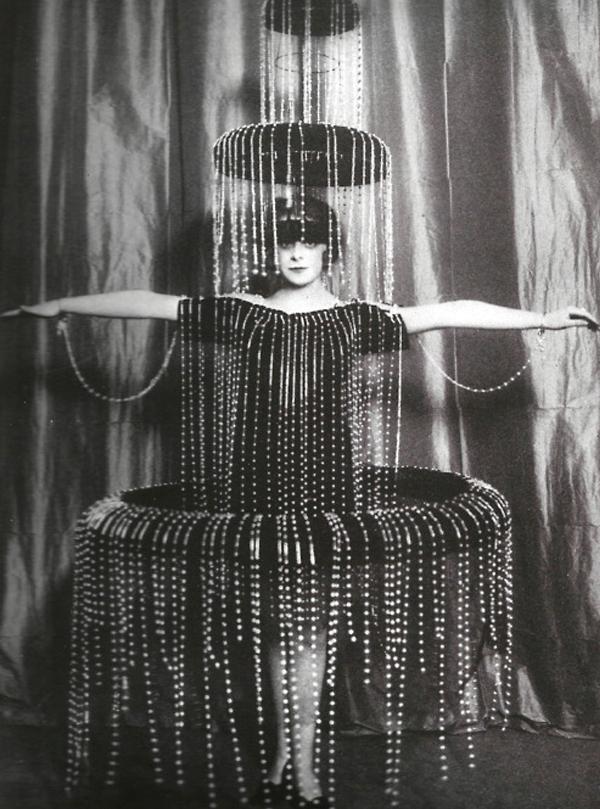 Fountain-Costume-Paul-Poiret-1900s.jpg
