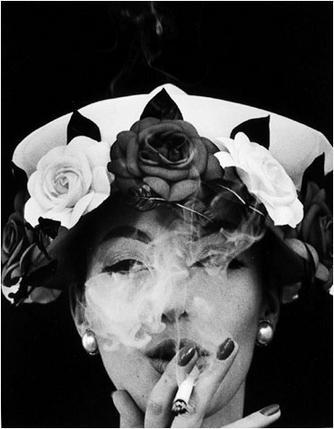 Hat&5Roses_WilliamKlein.jpg