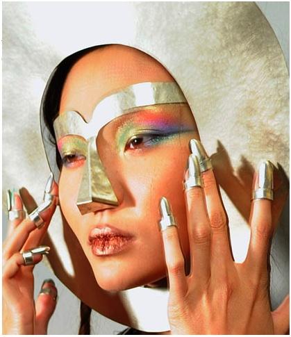 JPGaultier-nails-silver.jpg