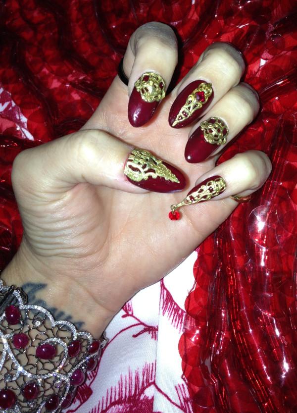 Killer_Queen_Katy_Perry_Nails.jpg