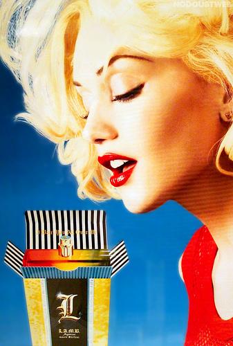 """Gwen Stefani """"L"""""""