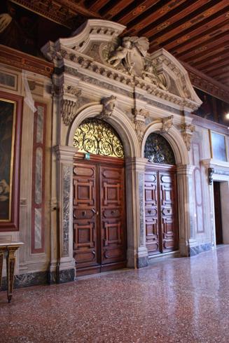 Palazzo_Mocenigo.jpg