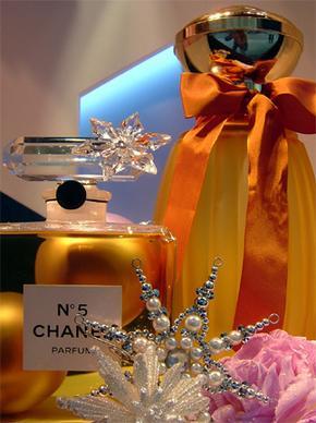 Perfumes_Christmas.jpg